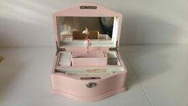 Girls Pink 'Poppy' Musical Jewelry Box (new)