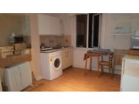 Great value self-contained flat, 1 minute from Seven Sisters tube, 13 mins Oxford Circus by tube.