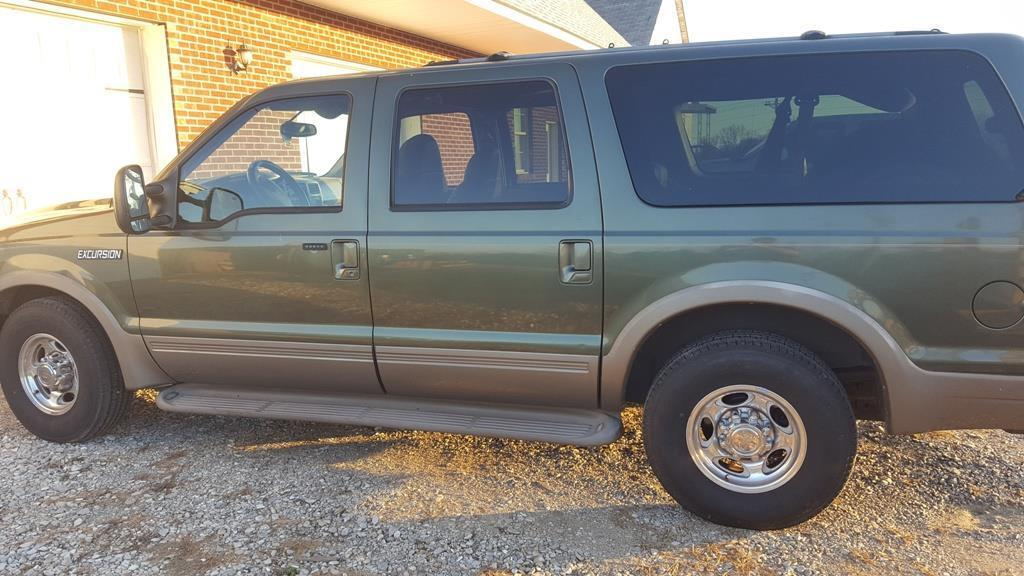 2001 Ford Excursion Limited PRICE DROP! 2001 Ford Excursion Limited 7.3L powerstroke Tow DVD, RWD