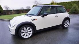 2006 mini 1.6 petrol. FULL MOT