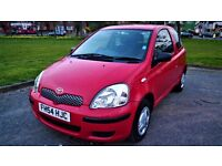 **Toyota Yaris 1.0 ** Mint Condition for Sale ** Long MOT** Only 750£!!! Bargain**