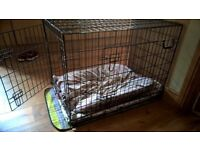 Dog crate in almost new condition