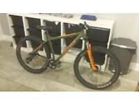 CARRERA VENDETTA 2016 PLUS BIKE (20 inch frame) Green & Orange, Good condition