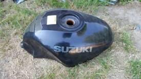 Suzuki gsxf fuel tank does need clean has fuel tap and fuel gauge float