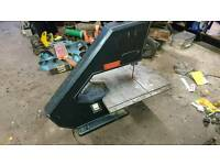 Electric bandsaw