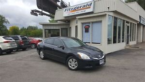 2010 Nissan Altima 2.5 SL - LEATHER! HEATED SEATS! BLUETOOTH!