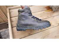 Ladies Scarpa walking boots size8