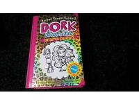 Dork diaries drama queen book