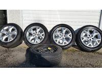 Citroen Genuine 17 alloy wheels + 5 x tyres 225 55 17