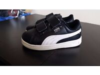 2 pairs of trainers size 6UK Puma & Lonsdale