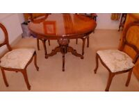 Round Victorian Style Mahogany Dining Table & 4 Chairs
