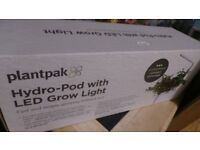 PLANTPAK HYDRO-POD WITH LED GROW LIGHT COST £79 UNWANTED GIFT