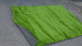 Offcuts astro turf 1m x 1.5m and 2m x 1m
