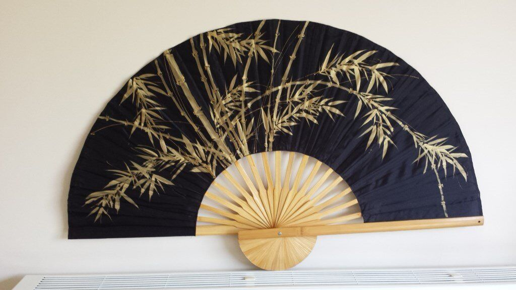 Thai bamboo folding hand fans