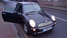 Mini cooper Automatic , 1.6 petrol 2005 , 91k miles