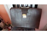 LEATHER BAG/SATCHEL for TRAVEL, BUSINESS, HOLDS A4 Paper