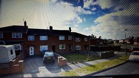 4 bedroom house to rent on Headlands estate Daventry NN11. Drive for 2-3 cars, large enclosed garden