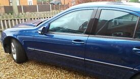 Mecedes c220 Automatic. Mot till march with no advisories. open to offers, must go