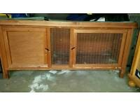 Guineapig/rabbit cage with rain protector