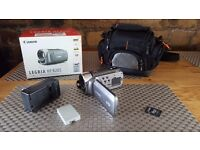 Canon Legria + case + sd card + extra battery