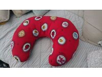 Breastfeeding pillow excellent condition