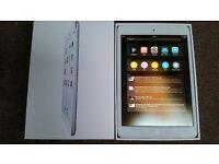 iPad Mini 2 White 16GB Wi-Fi with box