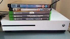 Xbox one s 500gb like new boxed - games bundle gears of war 4. X2 Ultra Hd blu-rays