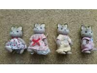 Sylvanian Families Celebration Cat Family, Set of 4 Figs. Excellent Condition.