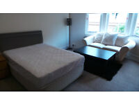 **STUDENTS STUDENTS STUDENTS** LUXURY 3 BED FLAT GLASGOWS WEST END-£1450 AVAILABLE NOW**