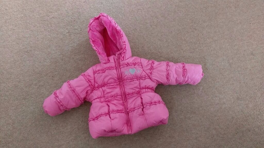 Mothercare winter jacket and pink gilet for 912months girlin Pontyclun, Rhondda Cynon TafGumtree - Mothercare winter jacket for girl aged 9 12 months and pink Mothercare gilet with seared front for 9 12months girl. Both in very good condition