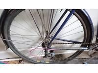2 Pairs of 700c vintage bike wheels