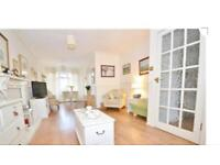 3 bedroom house at chingford