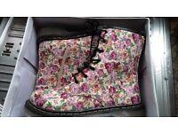 Boots - Ladies/Girls