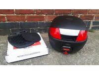 Motorcycle Top Box Givi/Yamaha Monolock including universal mounting plate
