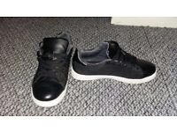 Boys black trainers size 3 in good condition