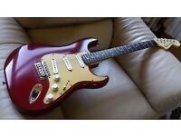 USA Fender Stratocaster American Rosewood Neck + machine heads and New Case.