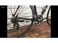 Road Bike- Trek Madone 2.1 Team Issue (56cm)