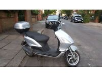 Piaggio Fly 100cc scooter excellent condition + 10 months MOT + USB charging: £750