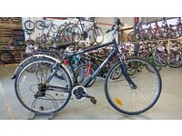 AMMACO HIGH RIDE HYBRID BIKE 700C WHEELS 18 SPEED BLUE