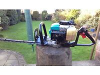 Makita eh 561 professional petrol hedge trimmer in very good condition