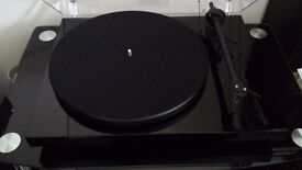 Pro-Ject Debut III S.E. Turntable Black Boxed Never Used