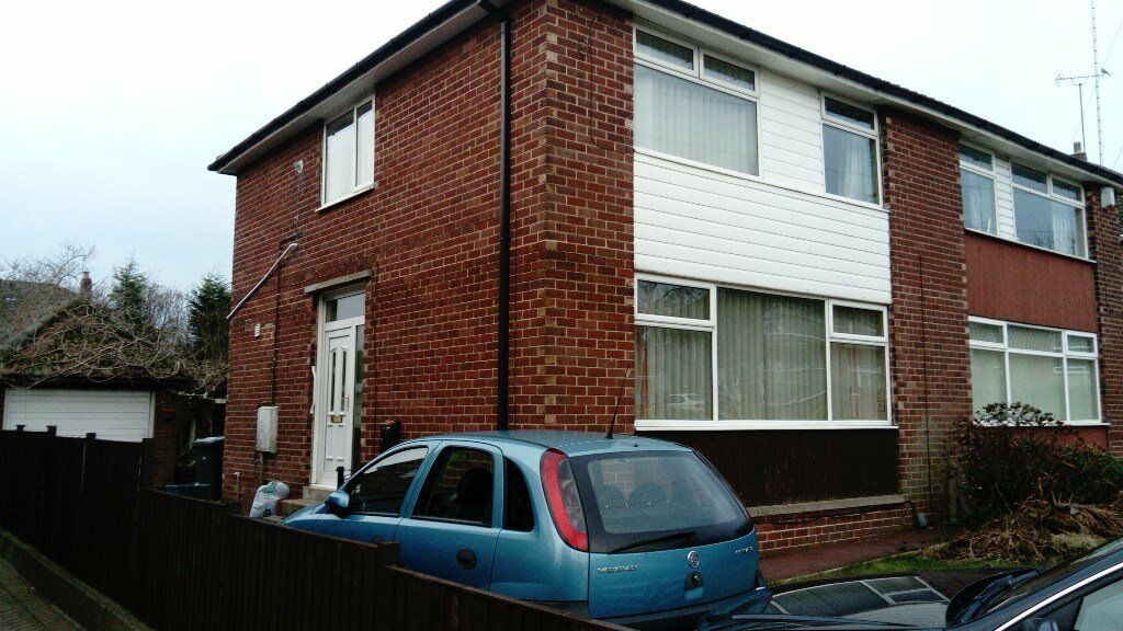 3 Bedroom Semi-detached House for Rent - Newman Road