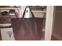 SIMPLY BE BLACK SHOPPER STLYE BAG WITH STUD DETAIL