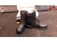 Magnum panther boots side zip size 9 Brand new