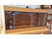 Exo Terra Viv-Exotic extra-large Reptile Vivarium and accessories - 4ft x 2ft x 2ft .