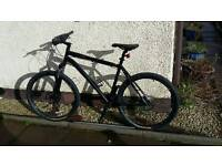 Specialized Rockhopper 21 inch 27 speed hydraulic brakes mens bike