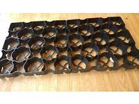 Garden Shed Plastic Base Grid - 22 X 33cm square