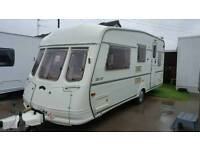 Vanroyce 520 et classic 4-berth caravan