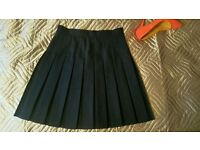 Beautiful pleated skirt size 8