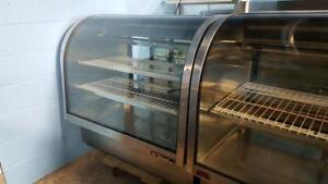 4 FT DELI, MEAT, OR PASTRY COOLER ( MANUFACTURED 2015 )